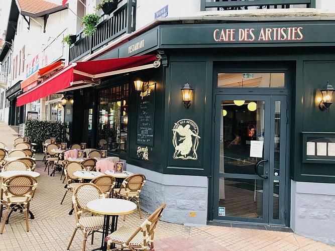 Cafe-des-Artistes-Biarritz-devanture2