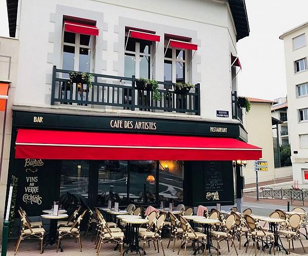 Cafe-des-Artistes-Biarritz-devanture3