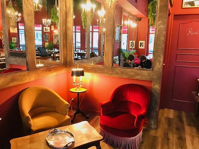 Cafe-des-Artistes-Biarritz-salle2
