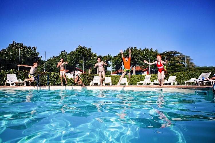larrouleta_piscine_camping_urrugne