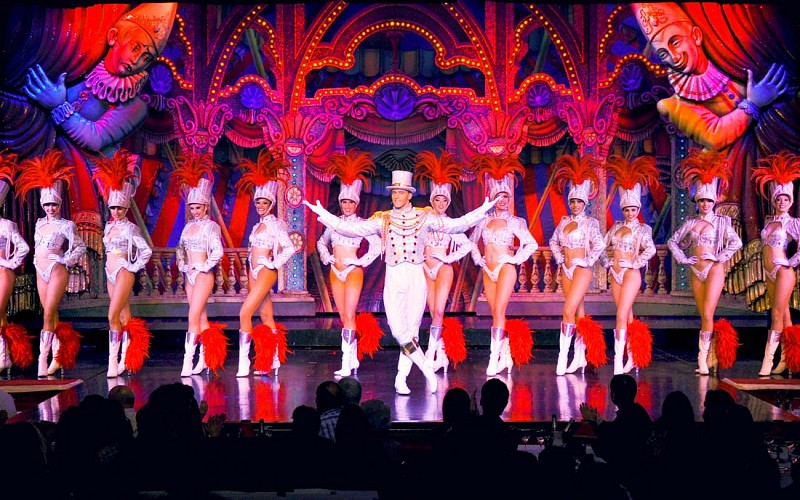 Moulin Rouge Show with Dinner