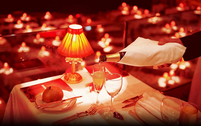 Moulin Rouge Valentines Day Special Dinner