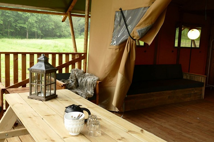 champagne 52 louvemont camping le domaine du buisson interieur du mobilhome.