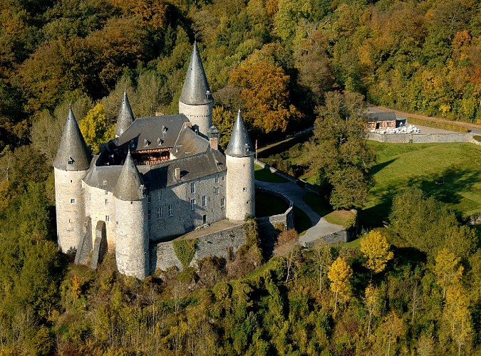 ChateauDeVeves-VueAerienne