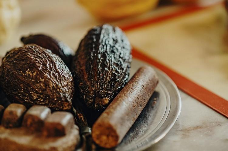 Fèves de cacao à la chocolaterie Vanlieff's à Walcourt