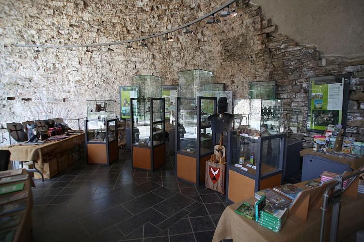 Château de Franchimont - Theux - Vitrines musée