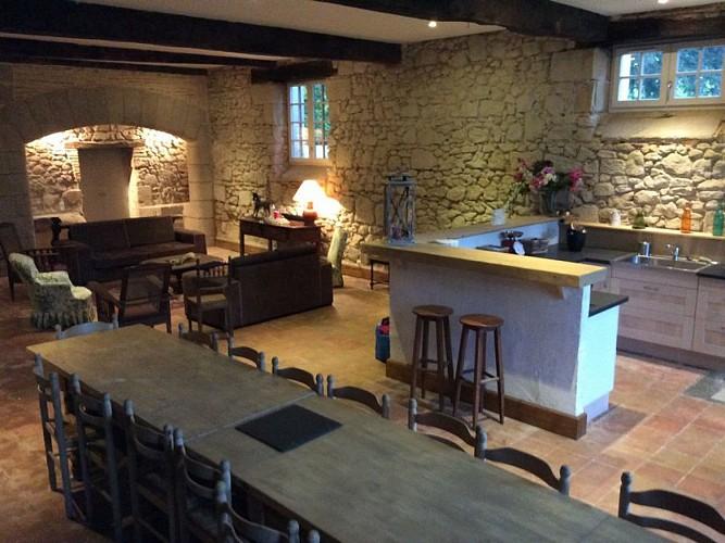 HLOAQU047V50E6HE_OTLT-HLO-Boisverdun-Tombeboeuf-cuisine1
