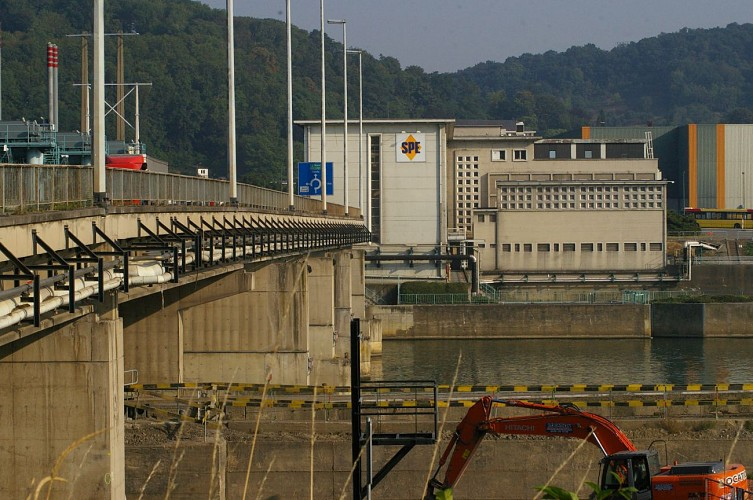 Le Pont-barrage / L'écluse de Flémalle