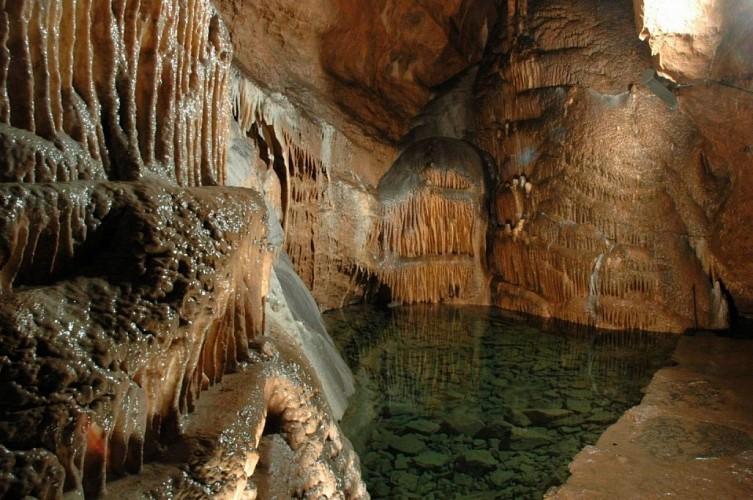 Grottes_remouchamps (4)