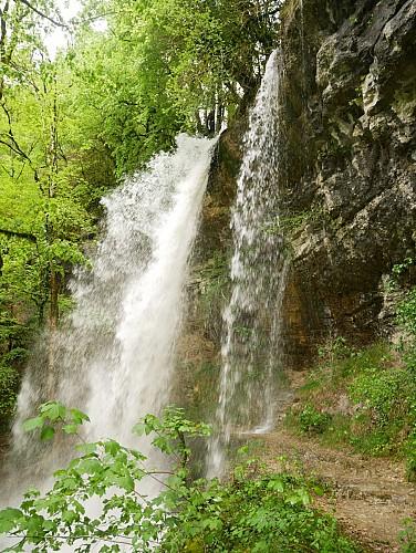 Pisse-Vache Waterfall