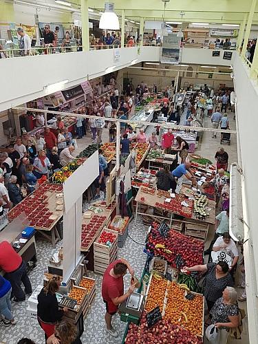 Le marché couvert - Les halles