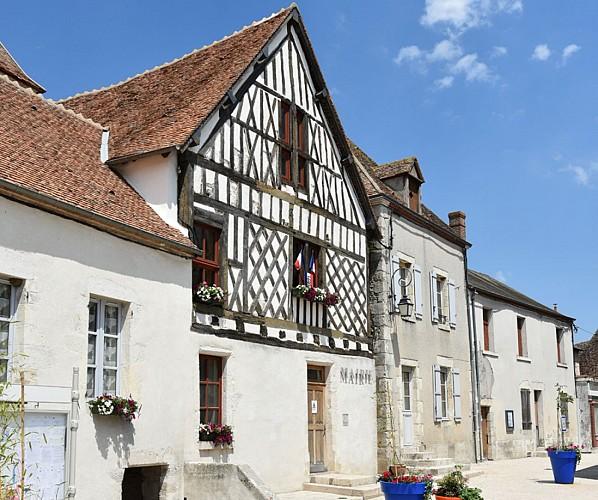 Beaulieu sur Loire Mairie place de l'église - 15 juillet 2018  - OT Terres de Loire et Canaux - IRémy (9)
