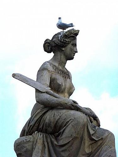 Statue du  pont du Carrousel