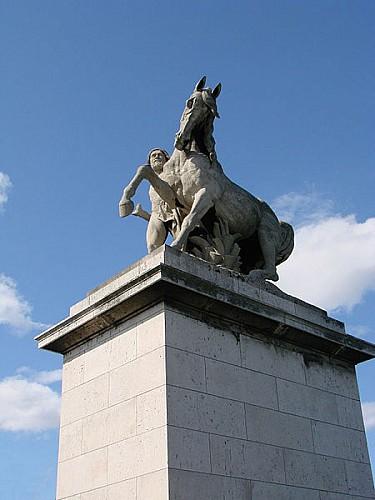 Statue du pont d'Iéna