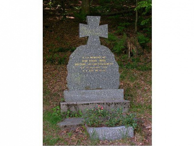 MONUMENT DU COLLET MANSUY