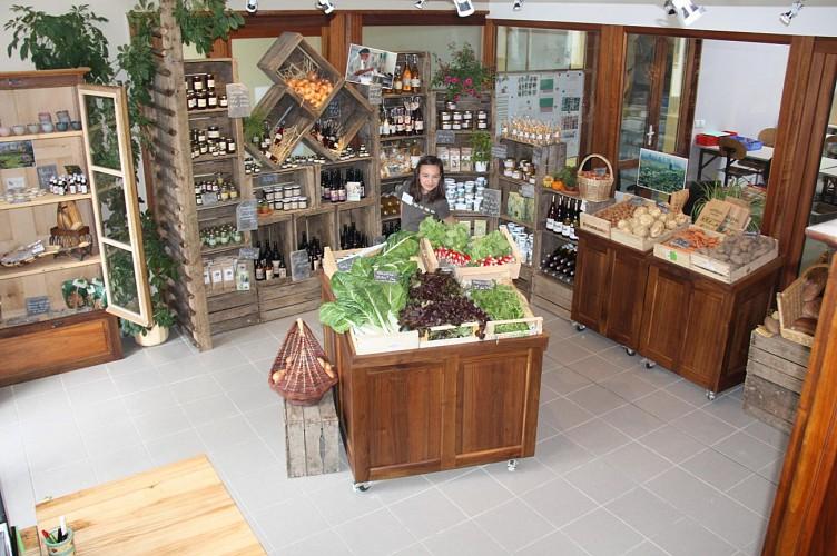 Eco-shop at the 'Ferme de Chosal'