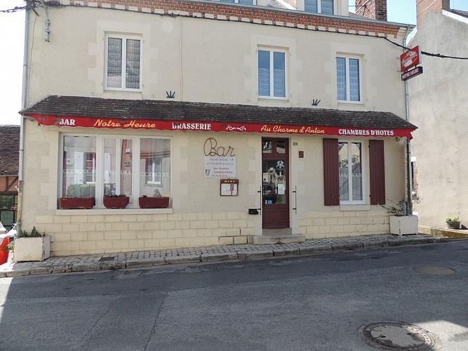 Autry le Châtel -Le Notre Heure - façade