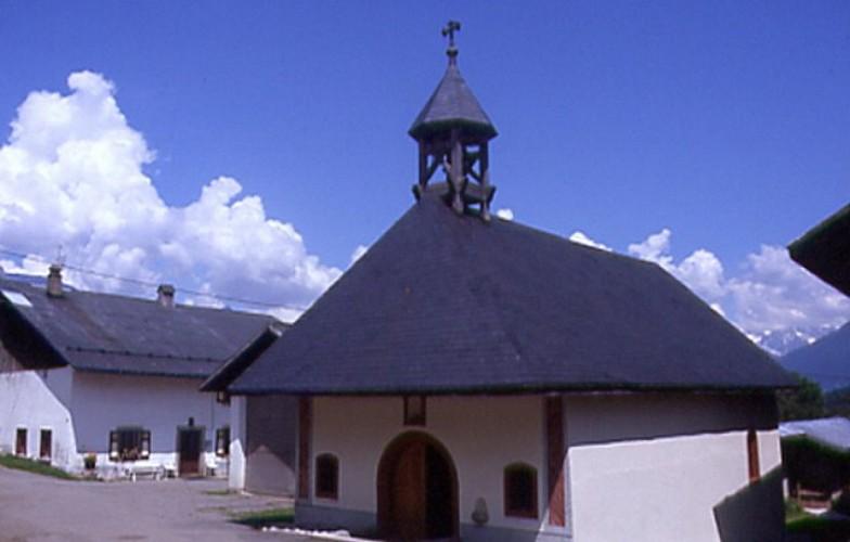 Chapelle d'Ormaret et ferme les Montagnards