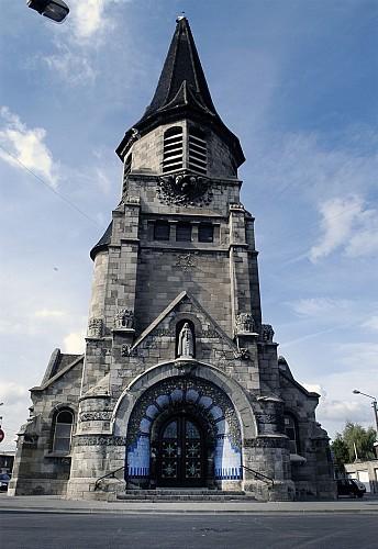 l'église Sainte-Thérèse de l'Enfant Jésus