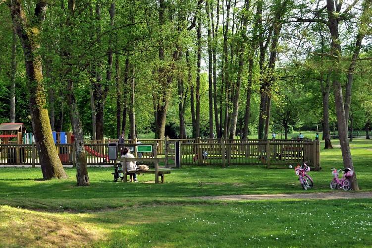 Aire de pique-nique - Parc de la Tabarderie