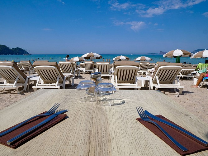 Tiki Beach - Saint-Cyr-sur-Mer