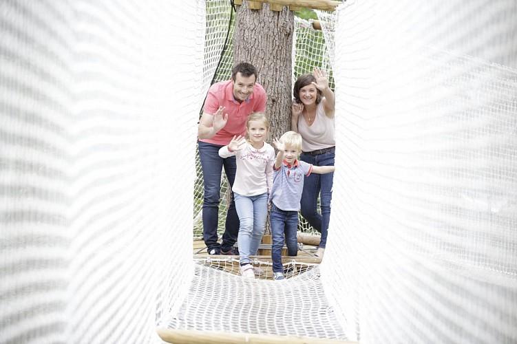Famille-Parcours-filets-Arbres-Loisirs-Loire-Valley-loir-et-Cher