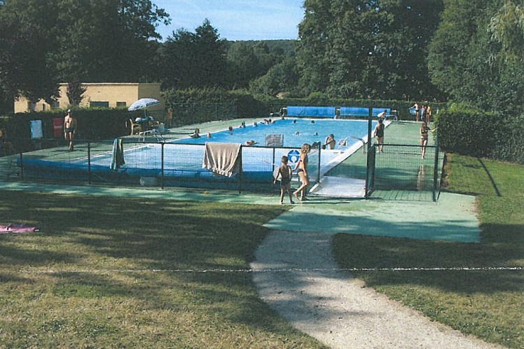 Bretoncelles Swimming Pool