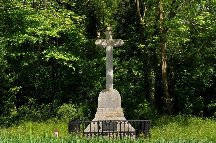 La tombe du capitaine Hugot-Derville