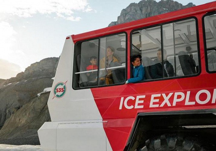 Excursion en tracteur de neige sur le champ de glace Columbia & Billet pour le Skywalk