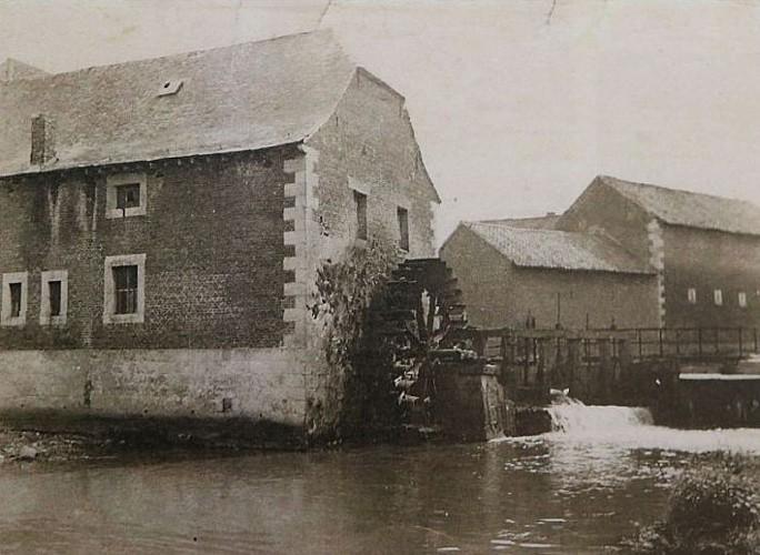 Ancien moulin / Lantremange