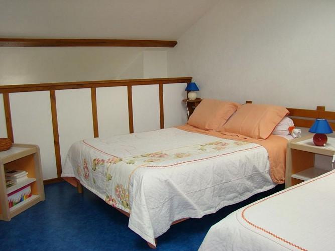 879372 - 5 people - 2 bedrooms - 3 'épis' (ears of corn) -