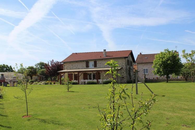 878325 - 12 people - 4 bedrooms - 3 'épis' (ears of corn) - Saint Priest sous Aixe