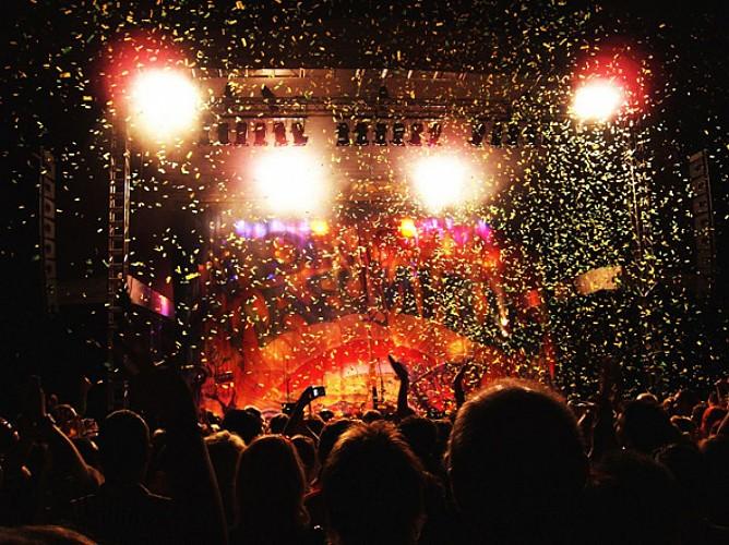 "Le ""K-Reims"" Kabaret Champagne Music-hall"