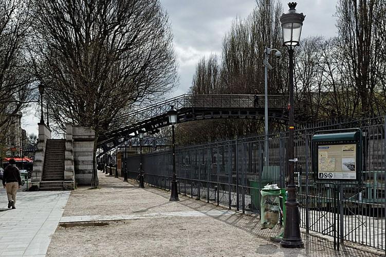 Passerelle des écluses de la Villette