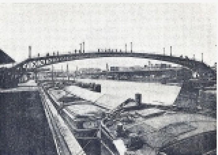Footbridge of the Moselle
