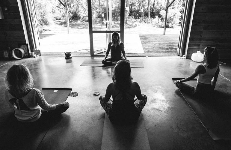 mana-yoga-1024-1