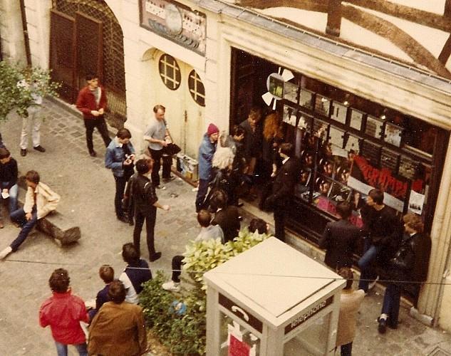 Le disquaire Mélodies Massacre, Dogs, les années punk à Rouen (1/2)