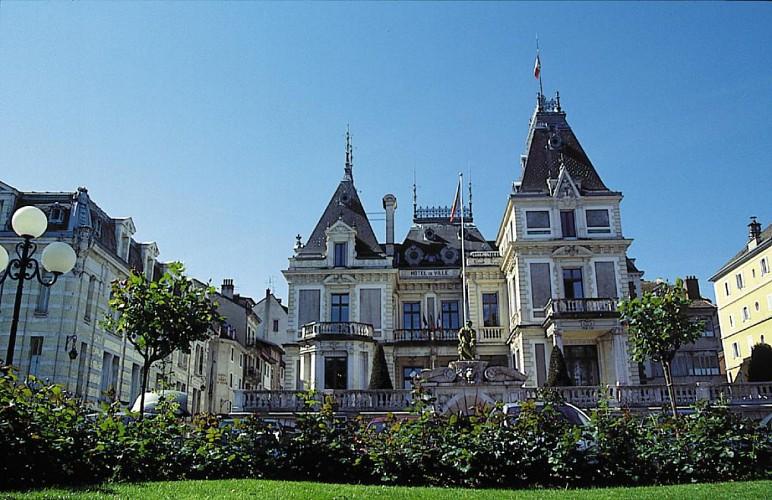 """Hôtel de ville - """"villa Lumière"""""""