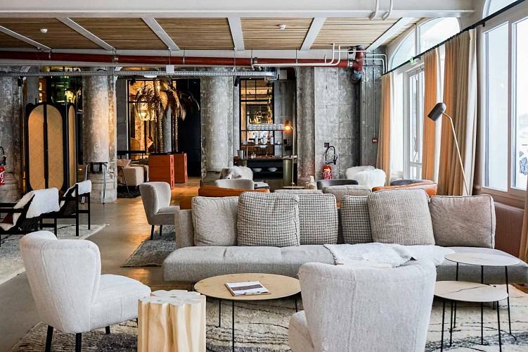 Le  Janssen Cocktail Club