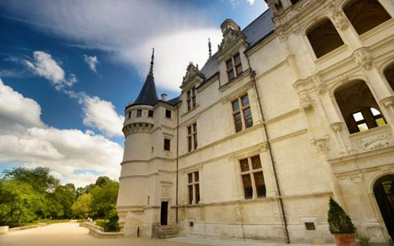 Skip the Line: Château of Azay-le-Rideau Ticket