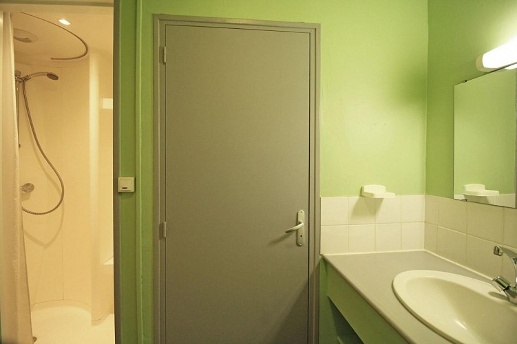 877501 - 5/7 people - 2 bedrooms - 2 'épis' (ears of corn) - Les Cars