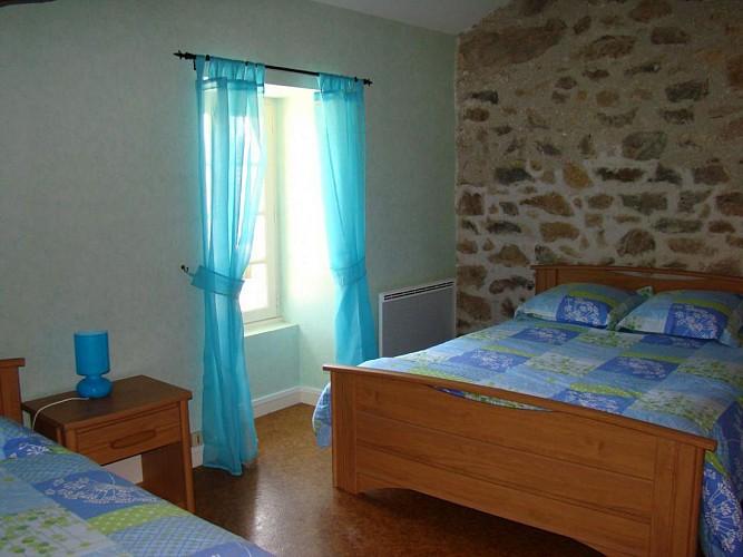 877453 - 5 people - 2 bedrooms - 2 'épis' (ears of corn) - St Mathieu