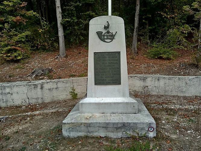 Monument en hommage au 1° BCP