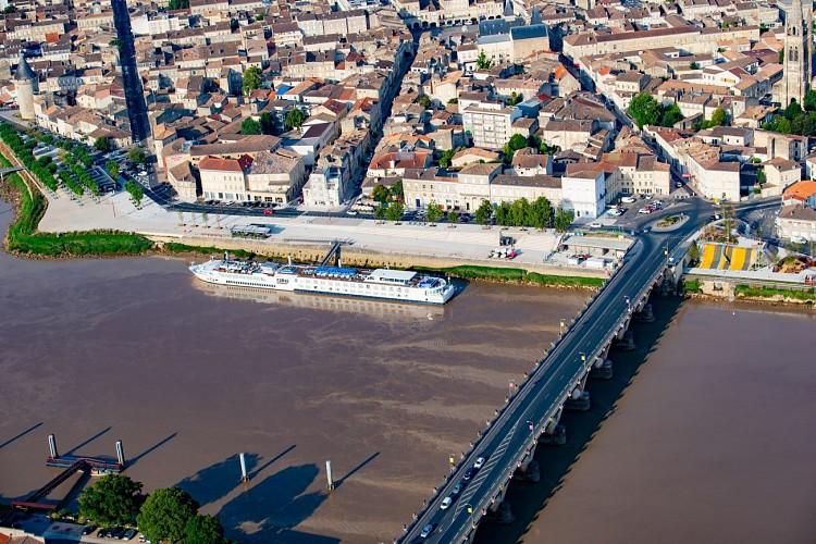 Le port et les quais