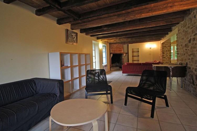 872020 - 15 personas - 7 habitaciones - 3 espigas - Berneuil