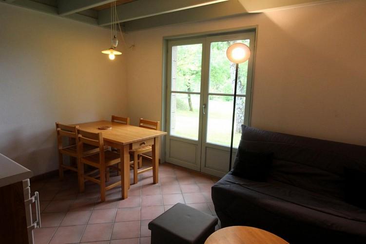 876532 - 4 people - 2 bedrooms - 2 'épis' (ears of corn) - Meuzac