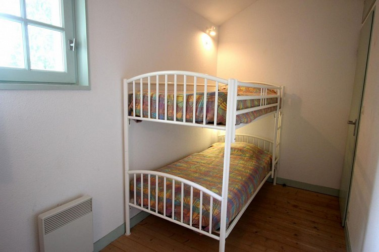 876532 - 4 personas - 2 habitaciones - 2 espigas - Meuzac