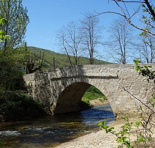 """Pont dit """"romain"""" de Mancioux"""