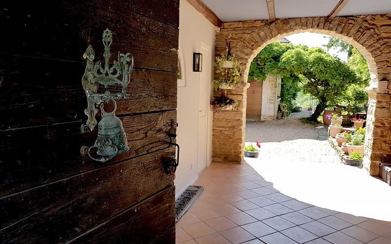 Chambre-d-Hotes-Secret-Pyrenees---Arche--Tobias-MEWS-