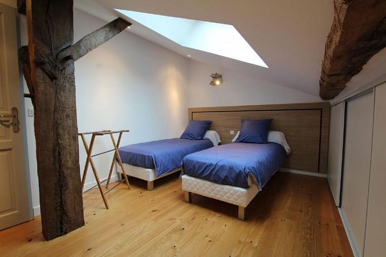 Maison Erdois chambre deux lits - Gamarthe